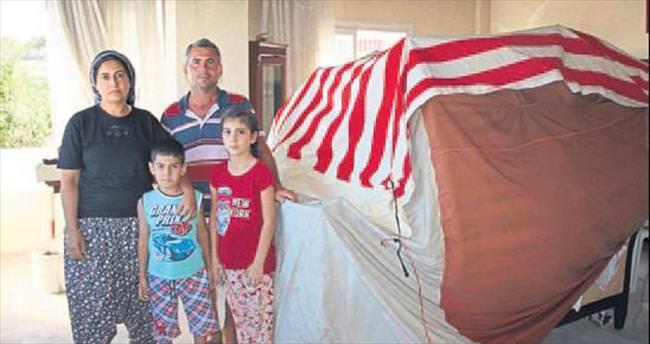 Evleri yanan aile çaresiz kaldı