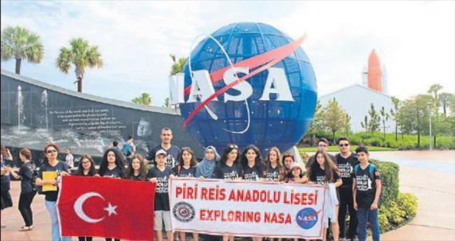 Adanalı öğrenciler NASA'yı gezdiler