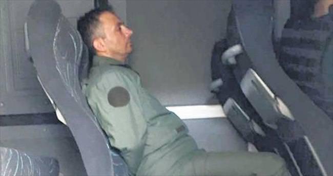 Marmaris'te, sivillere ve ambulansa bile ateş ettiler
