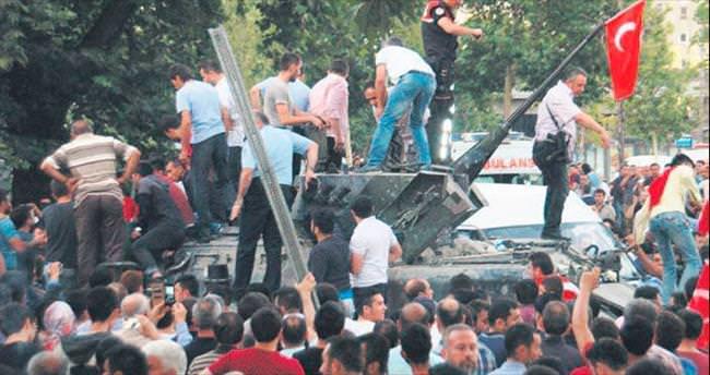 Sıhhiye'deki askeri tank dün kaldırıldı