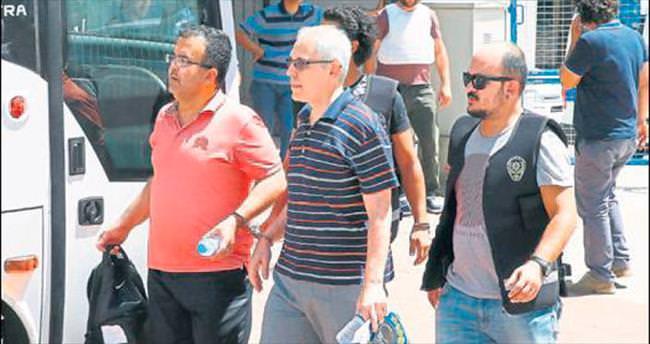 FETÖ'cü polisleri serbest bırakan hakim gözaltında