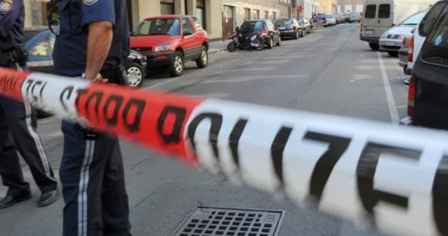 Bıçaklı olduğunu iddia ettiği Türkü 11 kurşun ile öldürdü