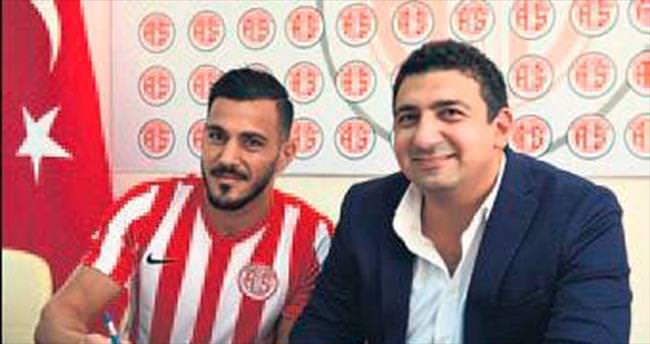 Deniz Kadah Antalyaspor'da