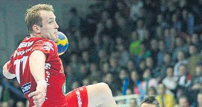 Antalyaspor'a Rus oyun kurucu