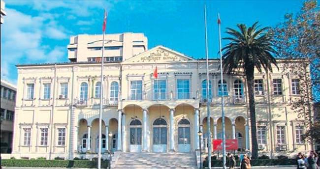 Harbiyeliler İzmir Valiliği'ni kuşatacaktı