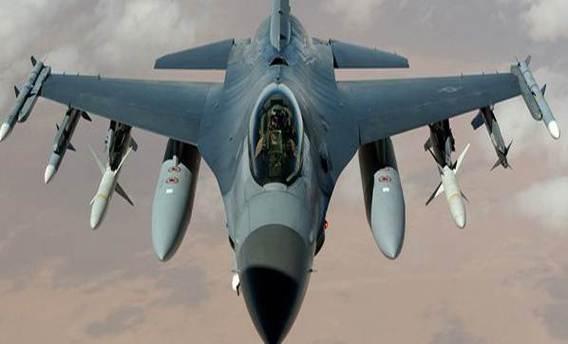 12 adet F-16 savaş uçağı, Marmara-Trakya bölgesinde devriye uçuşu gerçekleştirdi