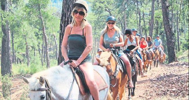 At sırtında safari