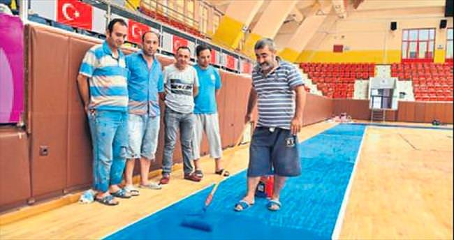 Menderes Spor Salonu bakımda