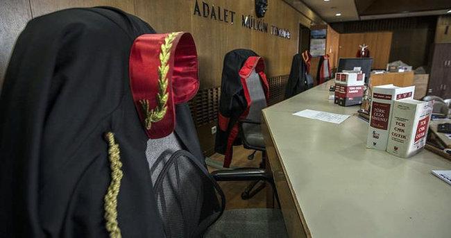 İstanbul'da 47 hakim ve savcı tutuklandı