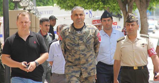 Tuğgeneralin emir askeri, 'Üs İmamı'nın oğlu çıktı