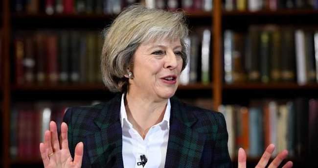 İngiltere Başbakanı May'in ilk Başbakan'a Sorular oturumu
