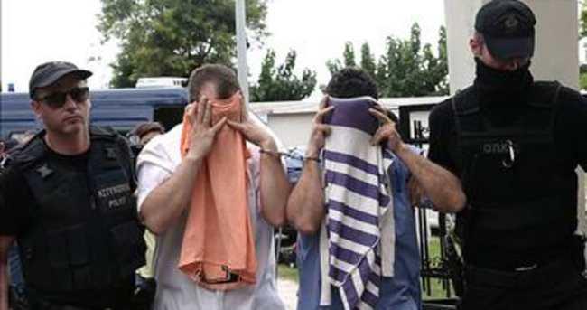 Yunanistan'a kaçan 8 darbeci farklı yere nakledildi
