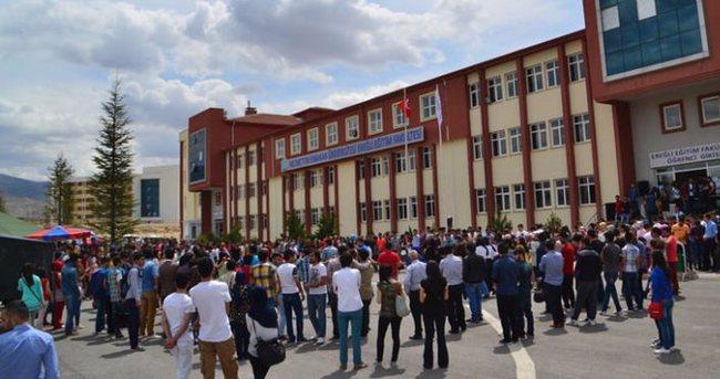 Necmettin Erbakan Üniversitesi'nde dekanlar istifa etti