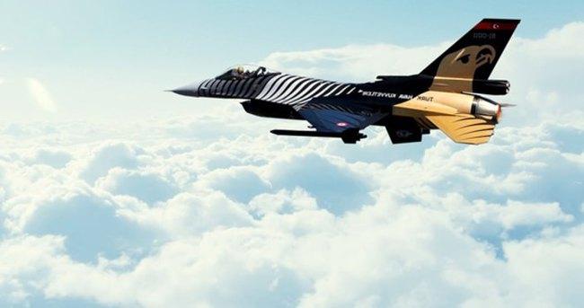 Darbecilerin Hava Kuvvetleri Komutanı gözaltına alındı