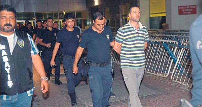 Darbeci asker ve polisler tutuklandı