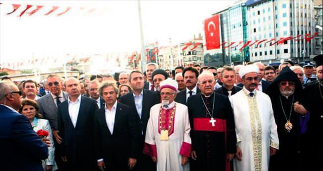 Demokrasi şehitleri Beyoğlu'nda anıldı