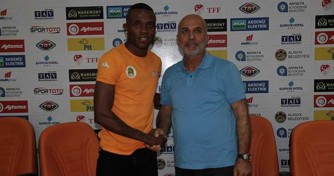 Alanyaspor, Guerrier ile 3 yıllık sözleşme imzaladı
