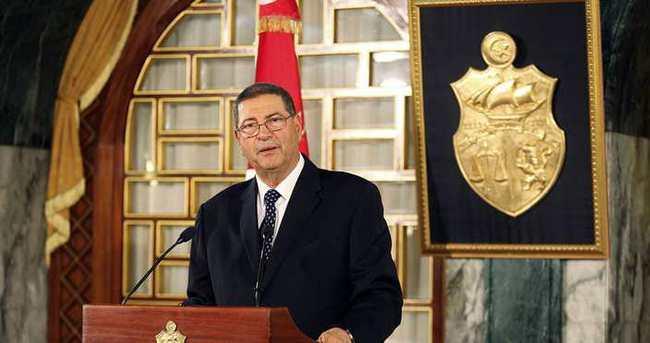 Tunus'ta hükümete güvenoyu talebi