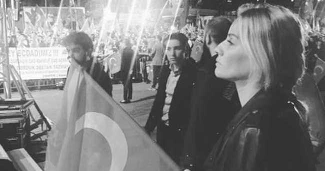 Esra Erol Taksim ve Kısıklı'da demokrasi nöbetindeydi!