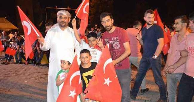 Siirt'te Türk bayrağı karaborsada