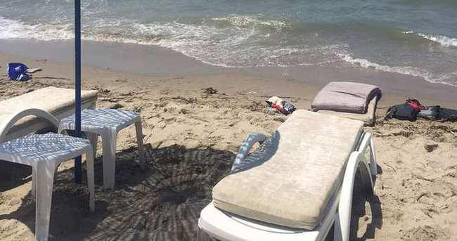 Kuşadası'nda otomobil plaja girdi: 1 ölü 4 yaralı