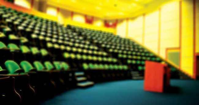 Cumhuriyet Üniversitesinde 7 akademisyen açığa alındı