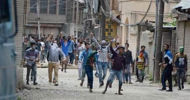 Cammu Keşmir'de Hizbul Mücahidin üyesinin öldürülmesi