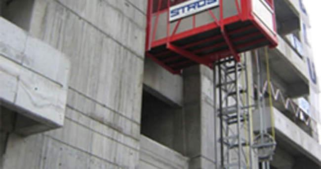 İnşaat asansörünun halatı koptu: 1 ölü