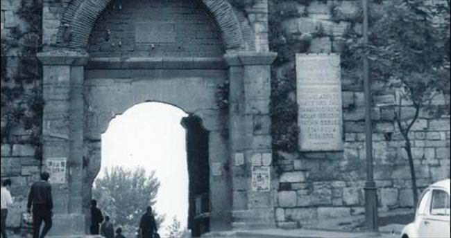 İstanbul'un kahraman sur kapıları