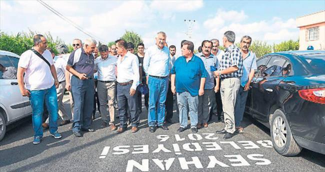 Seyhan'da asfalt hamlesi