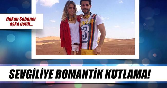 Sevgiliye romantik kutlama!