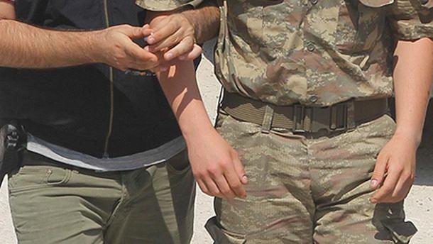 Elazığ'da 19 asker daha tutuklandı!