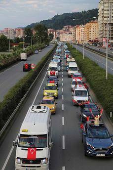Darbe girişimine tepki için 700 araçla konvoy!