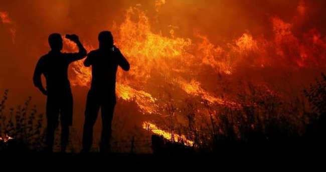 İzmir'de askeri alanda yangın