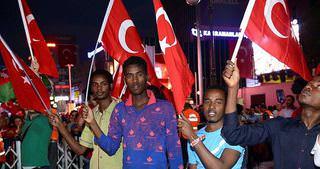 Yabancı öğrencilerden darbe protestosu