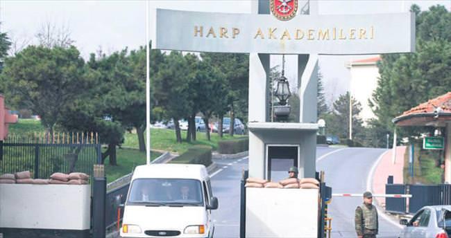 Harp Akademileri'nin 4 generali tutuklandı