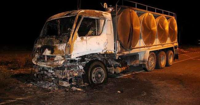 Süt kamyonu alev alev yandı