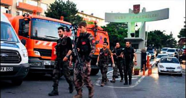 Akademi'ye bin polisle operasyon