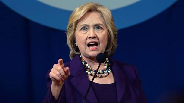Rusya'dan Clinton'a paranoyak suçlaması!