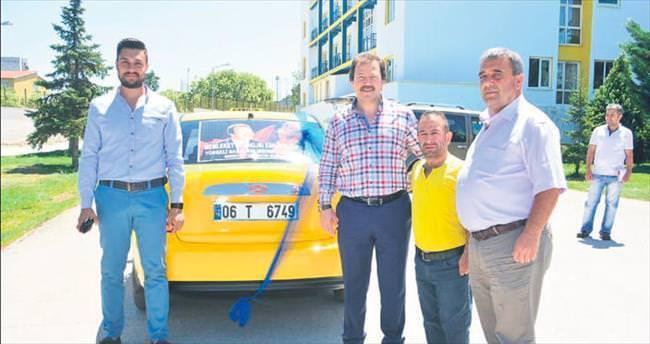Kahraman taksici Serhan Gül yeni aracına kavuştu