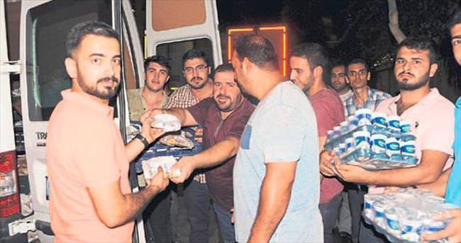 Mersin'de demokrasi nöbetçilerine yiyecek