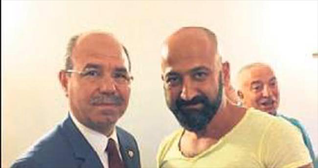 Demokrasi kahramanlarına Durmuşoğlu'ndan kutlama