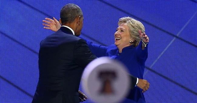 Obama Clinton'ın mitingine katıldı