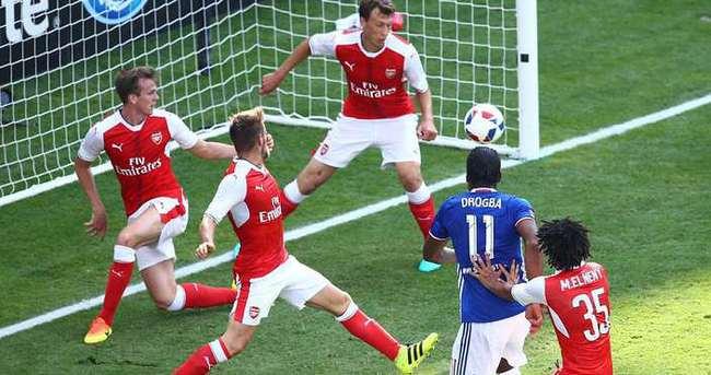 Drogba attı ama Arsenal kazandı