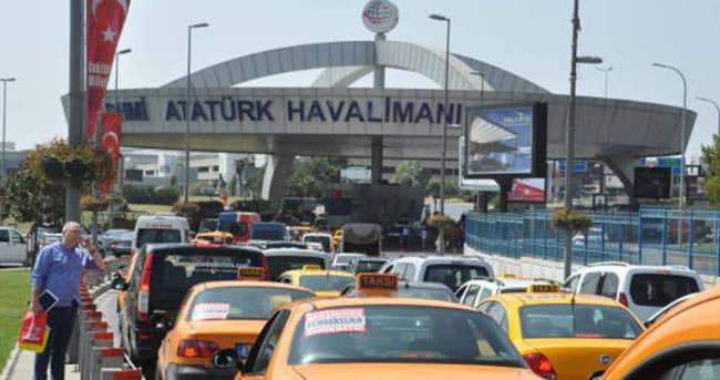 Atatürk Havalimanı yetkililerinden yolculara uyarı