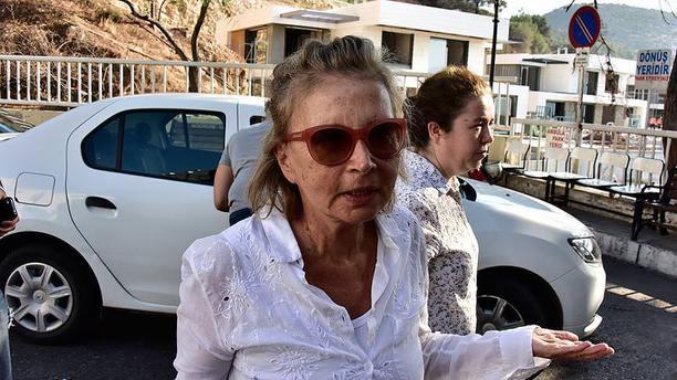 Nazlı Ilıcak'ın da aralarında olduğu 6 gazeteci tutuklandı!