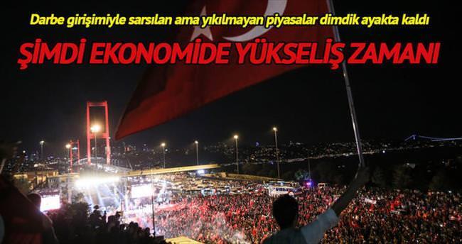 Türkiye ekonomisi dimdik ayakta