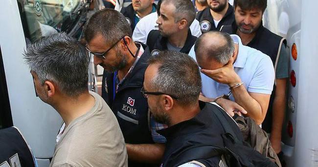Aralarında Tümgeneral Koçyiğit'in de bulunduğu 20 kişi tutuklandı