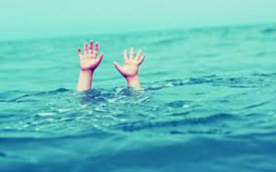 Gölete düşen kişi boğuldu