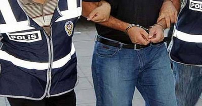 Uşak'ta 10'u emniyet müdürü 31 polise FETÖ gözaltısı